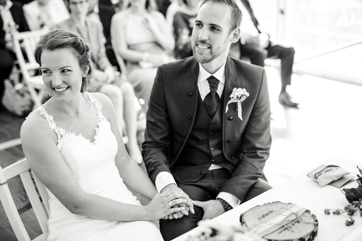 Silke + Clemens | Freie Trauung auf Gut Hohenholz - Fotografin Guelten Hamidanoglu Koeln Hochzeiten Hochzeitsfotos  97