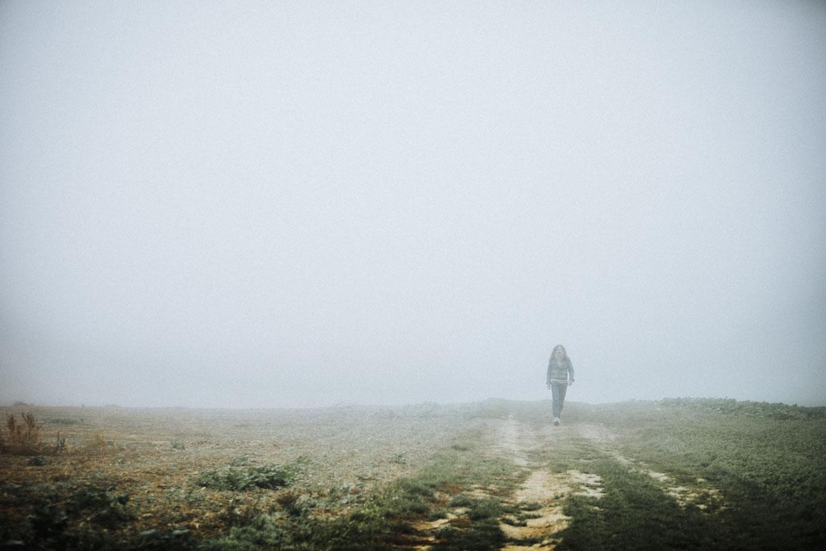 Siegfried Hartl | Der schöne Mann im Nebel - Fotografin Guelten Hamidanoglu Koeln Portraits  2634