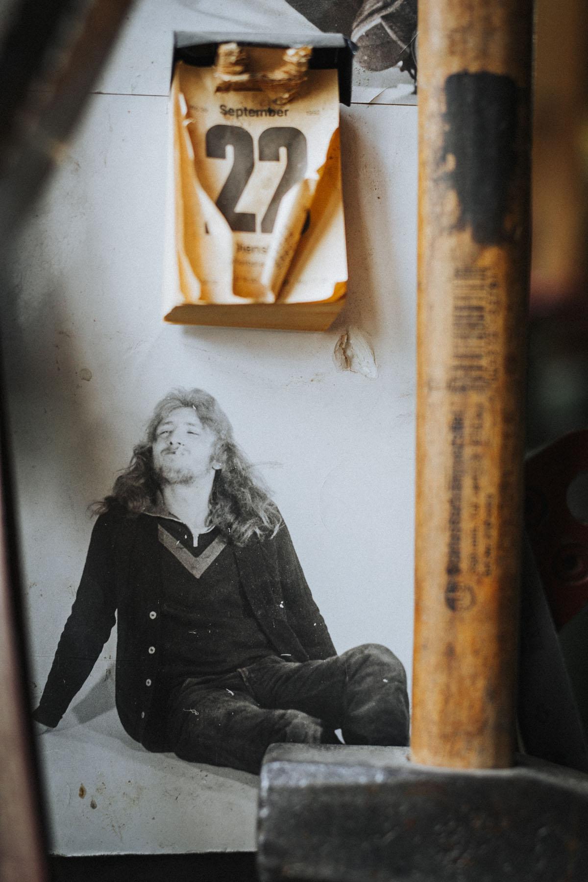Siegfried Hartl | Der schöne Mann im Nebel - Fotografin Guelten Hamidanoglu Koeln Portraits  2788