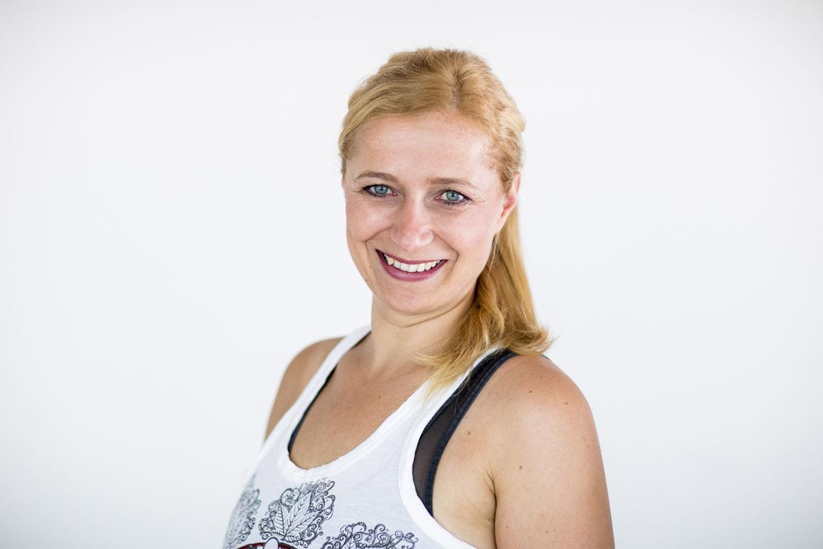 Katja+ Nadja | Joga macht glücklich - Fotografin Guelten Hamidanoglu Koeln portraits  4639