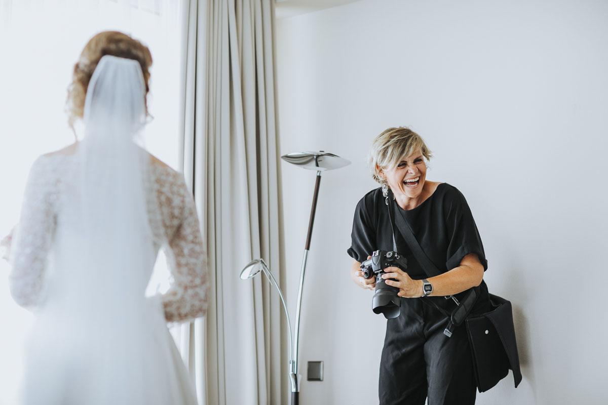 Stephanie Kunde - Eine großartige Kollegin in Action - Fotografin Guelten Hamidanoglu Koeln portraits  16 1