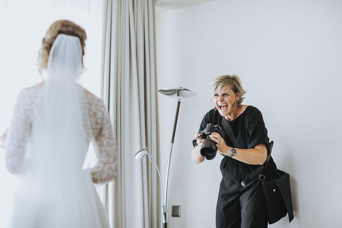 Stephanie Kunde - Eine großartige Kollegin in Action - Fotografin Guelten Hamidanoglu Koeln portraits  17 1
