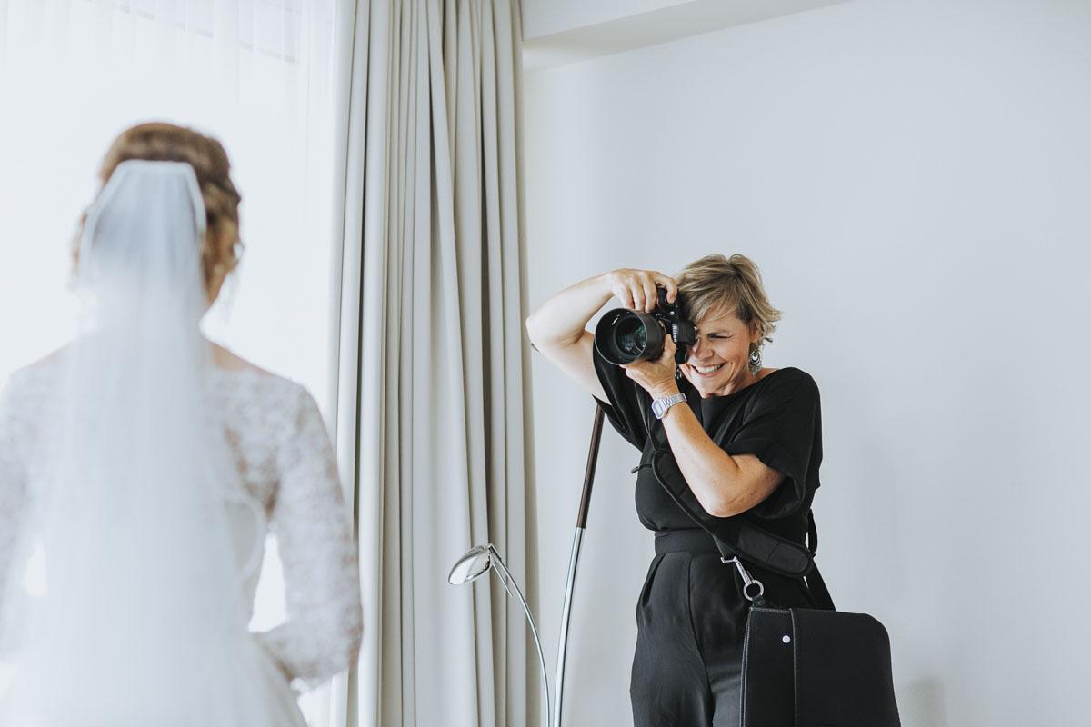 Stephanie Kunde - Eine großartige Kollegin in Action - Fotografin Guelten Hamidanoglu Koeln portraits  18 1