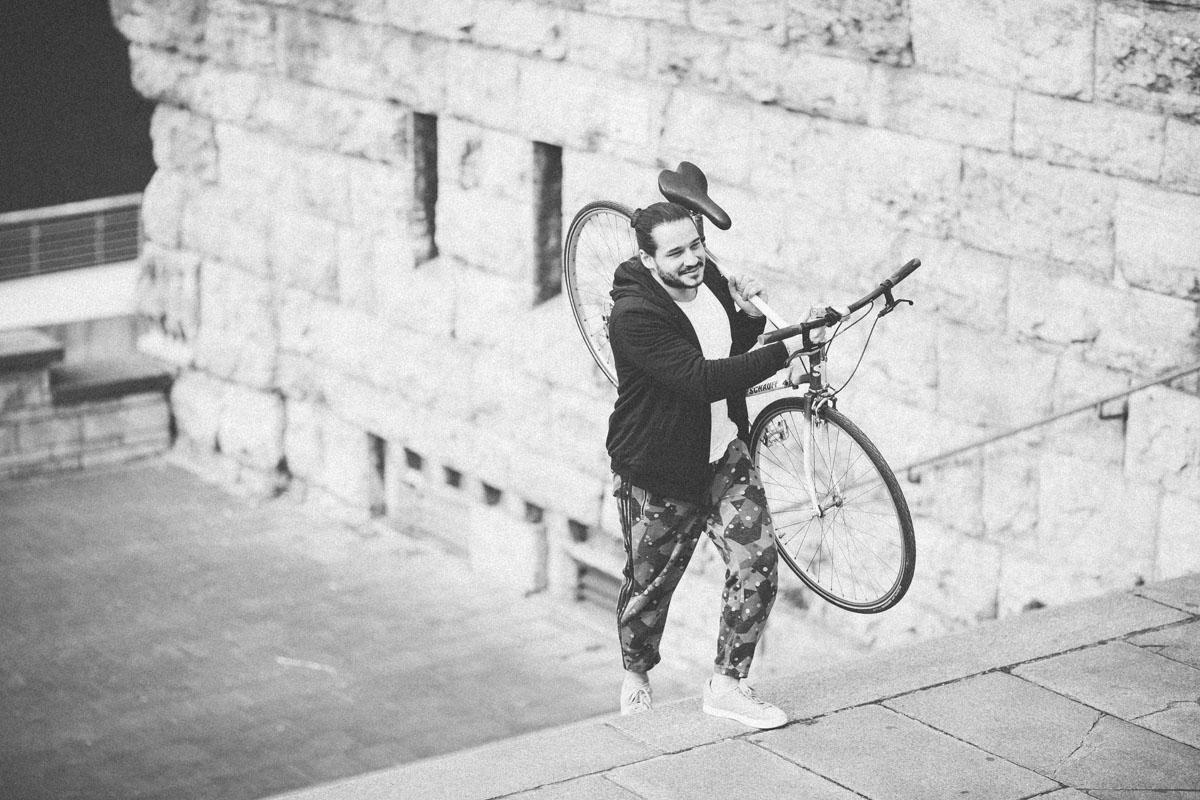 Bora - Modeshooting für Instagram in Köln - Fotografin Guelten Hamidanoglu Koeln portraits  2 1