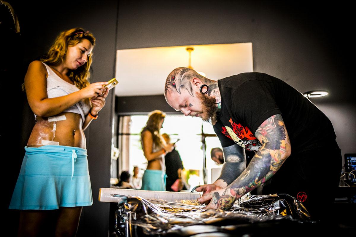 Bogatyr Tattoo in Thailand - Fotografin Guelten Hamidanoglu Koeln portraits  3910