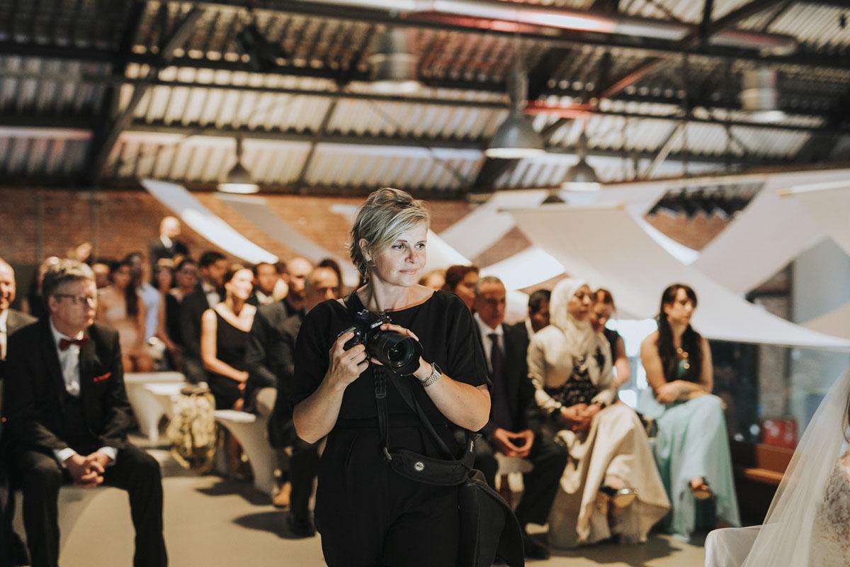 Stephanie Kunde - Eine großartige Kollegin in Action - Fotografin Guelten Hamidanoglu Koeln portraits  40 1