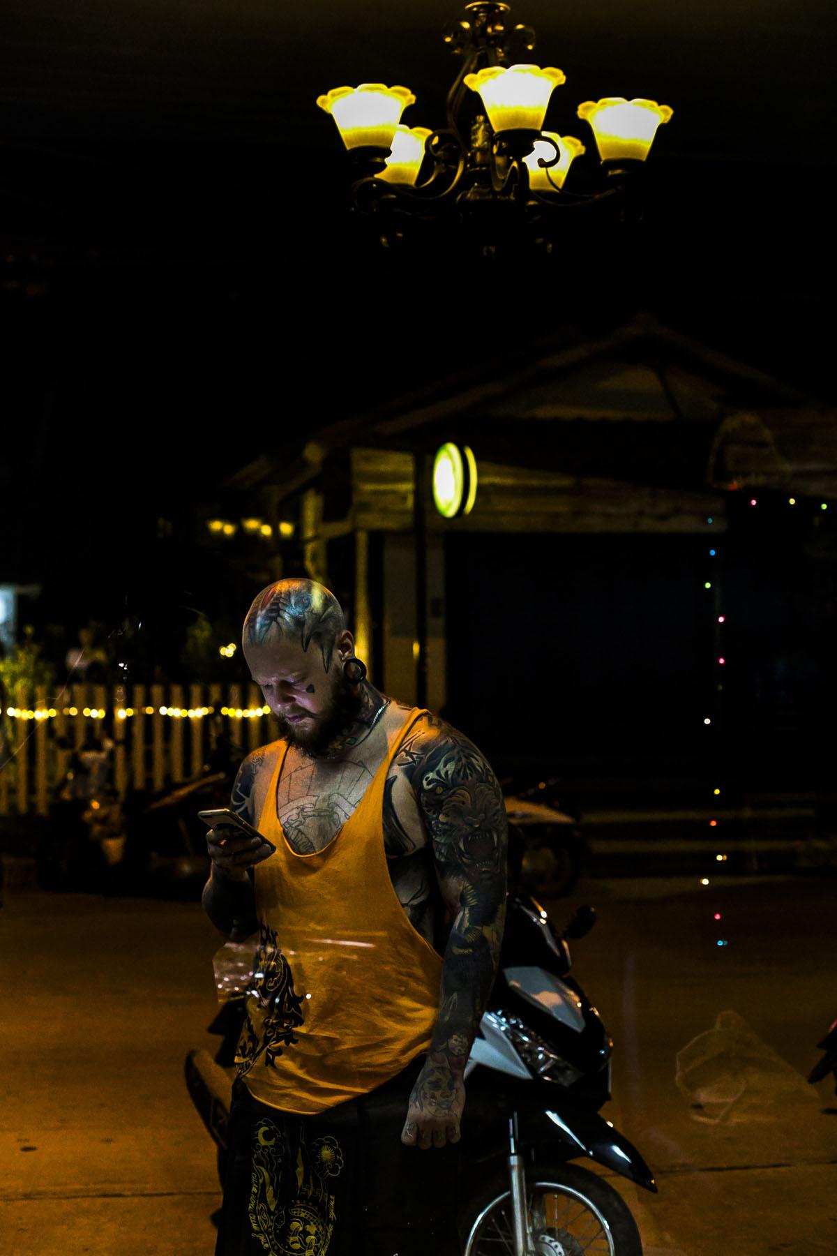 Bogatyr Tattoo in Thailand - Fotografin Guelten Hamidanoglu Koeln portraits  4230