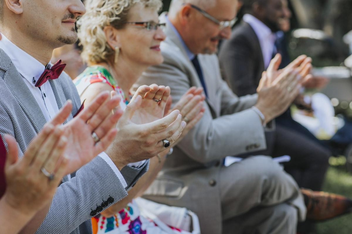 Anne und Sven | Hochzeit mit freier Trauung auf der Wasserburg Geretzhoven - Fotografin Guelten Hamidanoglu Fotografie Koeln AS 19 205