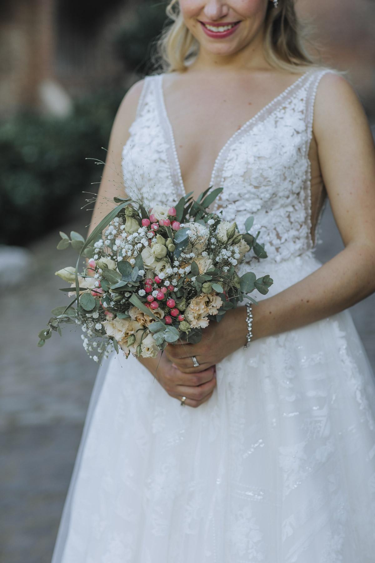 Anne und Sven | Hochzeit mit freier Trauung auf der Wasserburg Geretzhoven - Fotografin Guelten Hamidanoglu Fotografie Koeln AS 19 366
