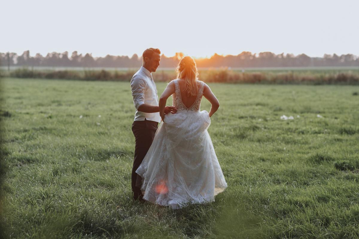 Anne und Sven | Hochzeit mit freier Trauung auf der Wasserburg Geretzhoven - Fotografin Guelten Hamidanoglu Fotografie Koeln AS 19 547