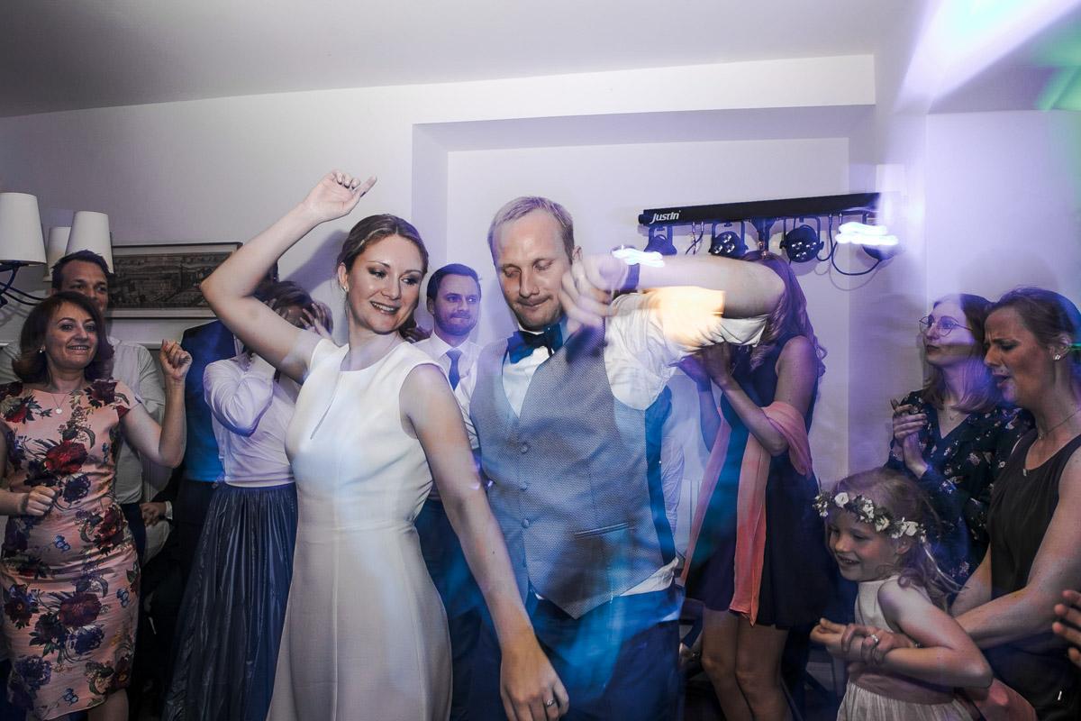 Barbara und Thorsten | Hochzeit am Starnenberger See - Fotografin Guelten Hamidanoglu Fotografie Koeln BT 19 1076