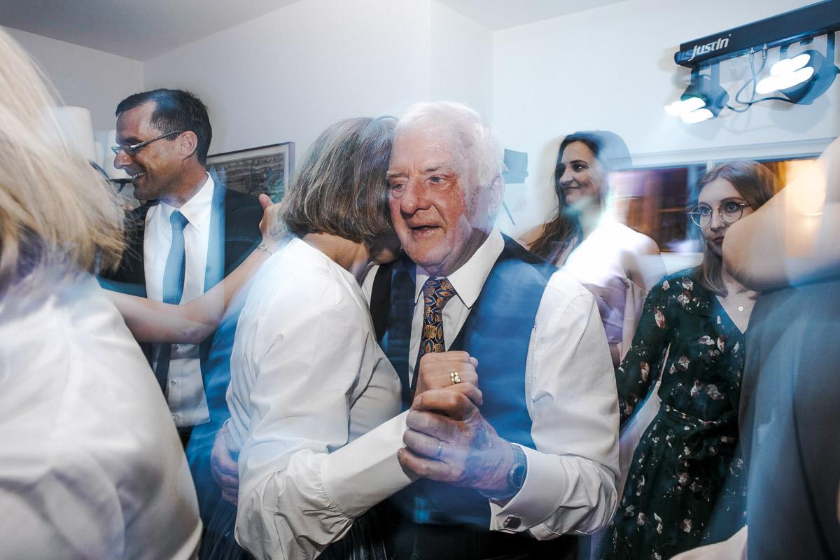 Barbara und Thorsten | Hochzeit am Starnenberger See - Fotografin Guelten Hamidanoglu Fotografie Koeln BT 19 1095