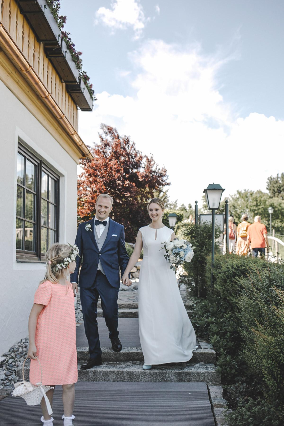 Barbara und Thorsten | Hochzeit am Starnenberger See - Fotografin Guelten Hamidanoglu Fotografie Koeln BT 19 588