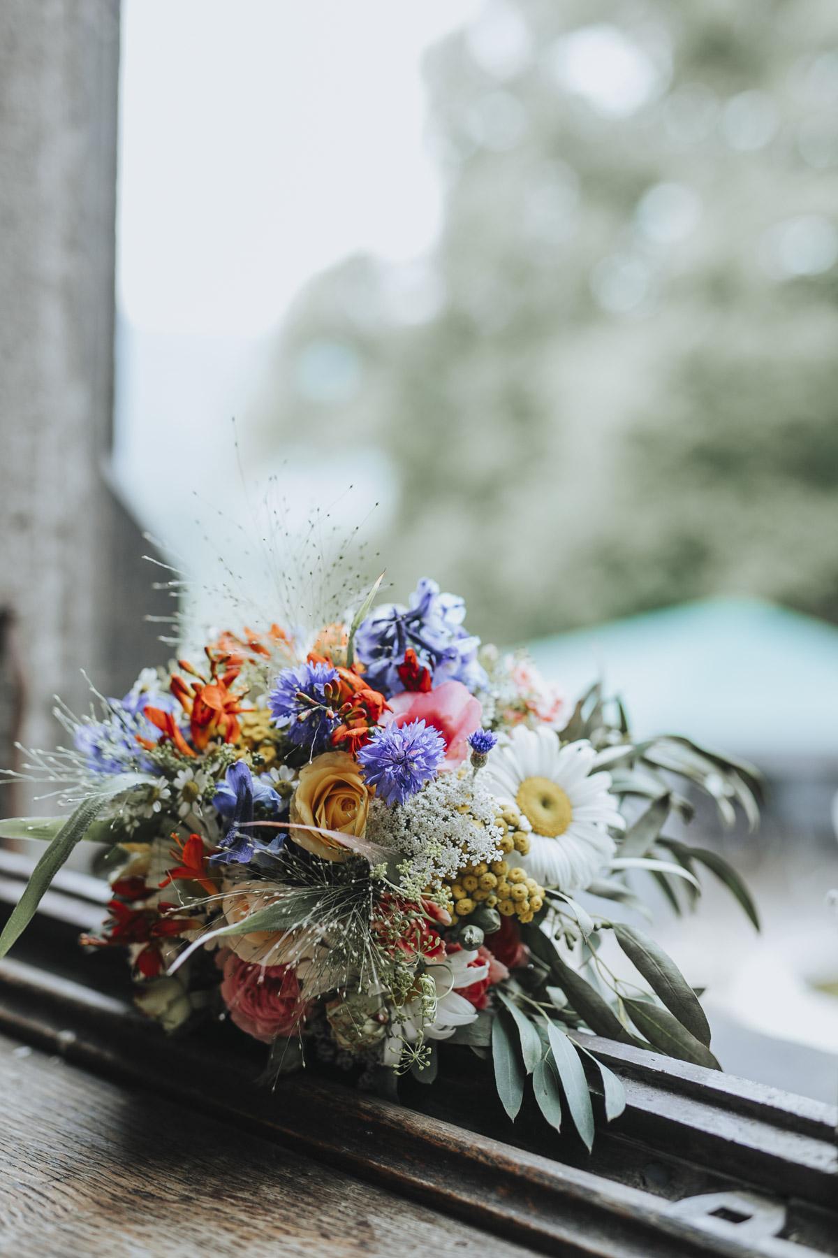 Fanny und Max | Hochzeit feiern auf Schloß Arenfels - Fotografin Guelten Hamidanoglu Fotografie Koeln FM 19 110
