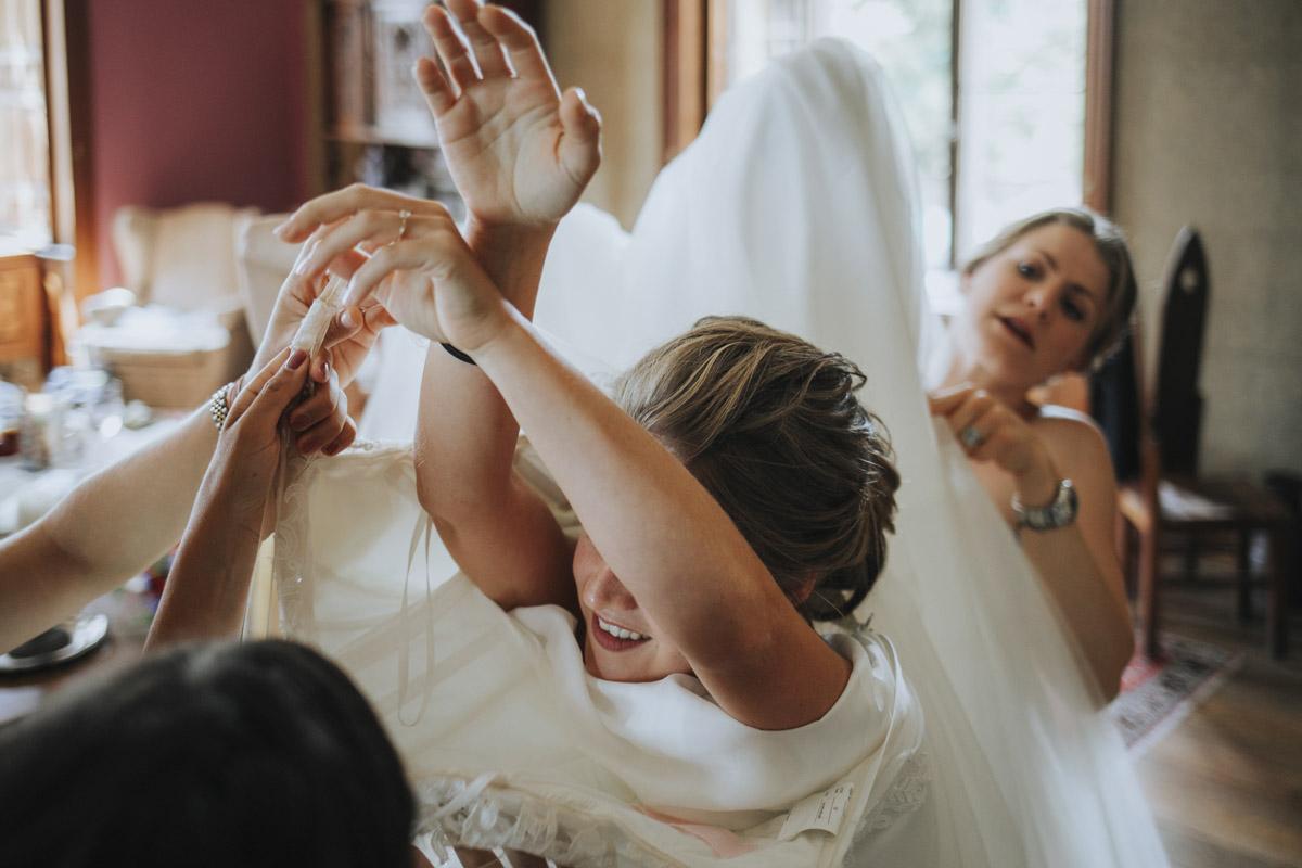 Fanny und Max | Hochzeit feiern auf Schloß Arenfels - Fotografin Guelten Hamidanoglu Fotografie Koeln FM 19 130