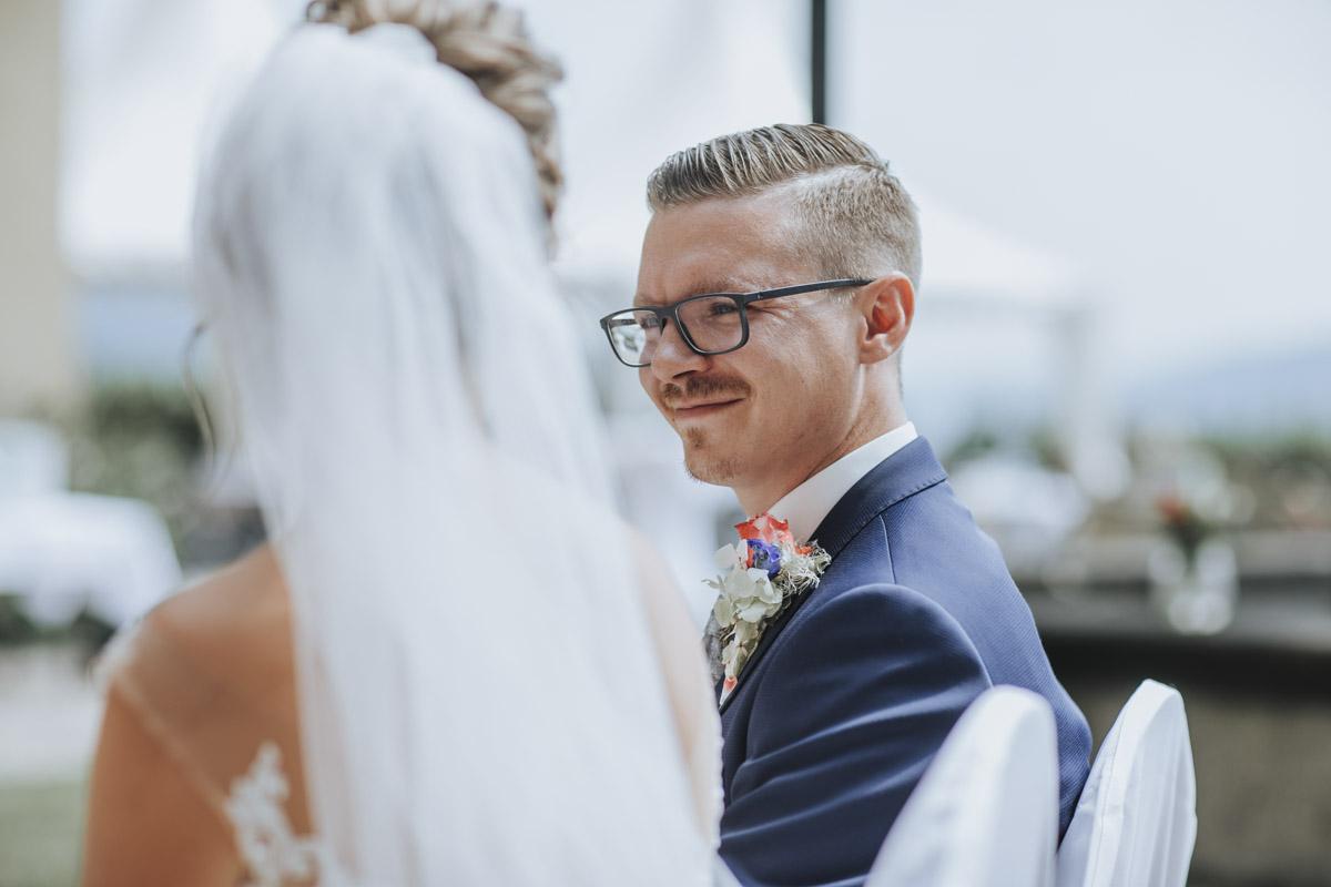 Fanny und Max | Hochzeit feiern auf Schloß Arenfels - Fotografin Guelten Hamidanoglu Fotografie Koeln FM 19 251