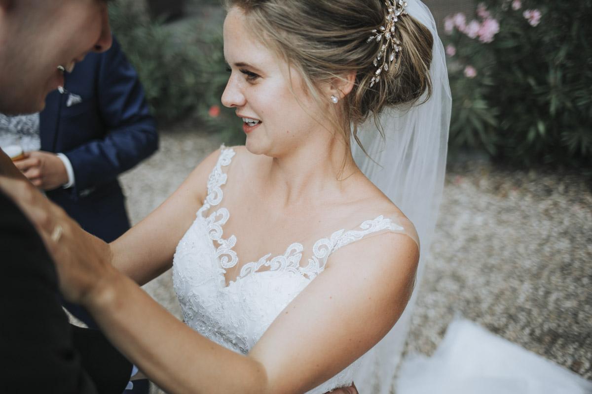 Fanny und Max | Hochzeit feiern auf Schloß Arenfels - Fotografin Guelten Hamidanoglu Fotografie Koeln FM 19 316