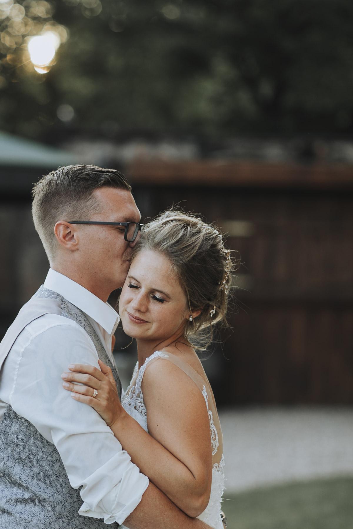 Fanny und Max | Hochzeit feiern auf Schloß Arenfels - Fotografin Guelten Hamidanoglu Fotografie Koeln FM 19 721
